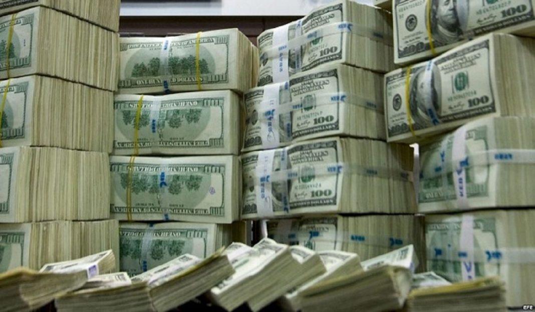 BBC: De dónde salen los dólares que circulan en Venezuela