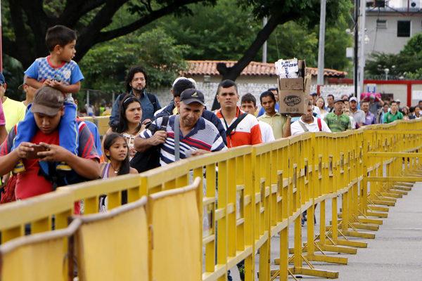 Colombia otorgará nuevo permiso de trabajo a migrantes venezolanos