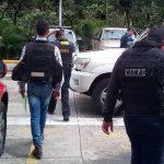 Dos mujeres y un hombre fueron detenidos por el Cicpc, luego que ofertaran artículos hurtados a través de las redes sociales. (Foto: J.A. Hernández)