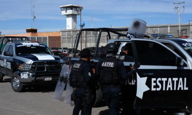 Riña en cárcel mexicana termina con 16 reos muertos y 5 heridos