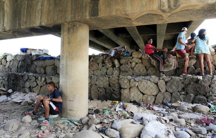 Puente Simón Bolívar, el muro del sueño venezolano